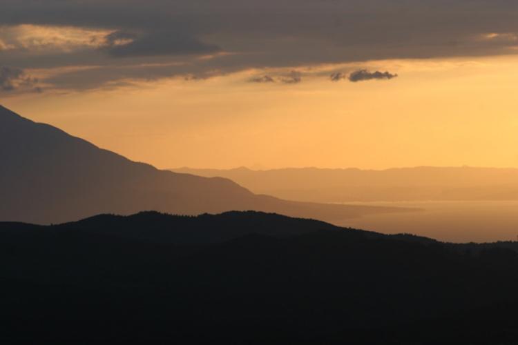 白鹿岳の夕陽